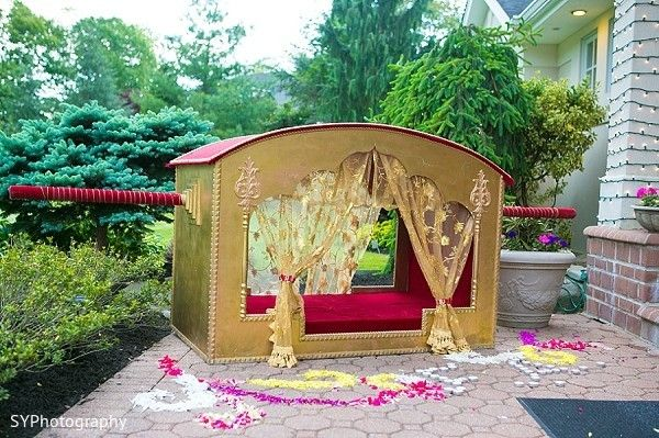Doli http://www.maharaniweddings.com/gallery/photo/32947