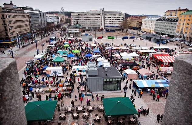 Torin avajaiset ruuhkauttanevat keskustan, näin selviät tungoksessa - ESS.fi