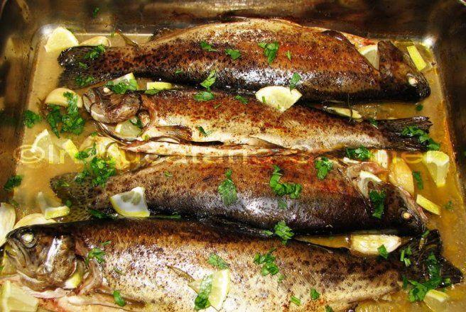 Retete Culinare - Pastrav la cuptor