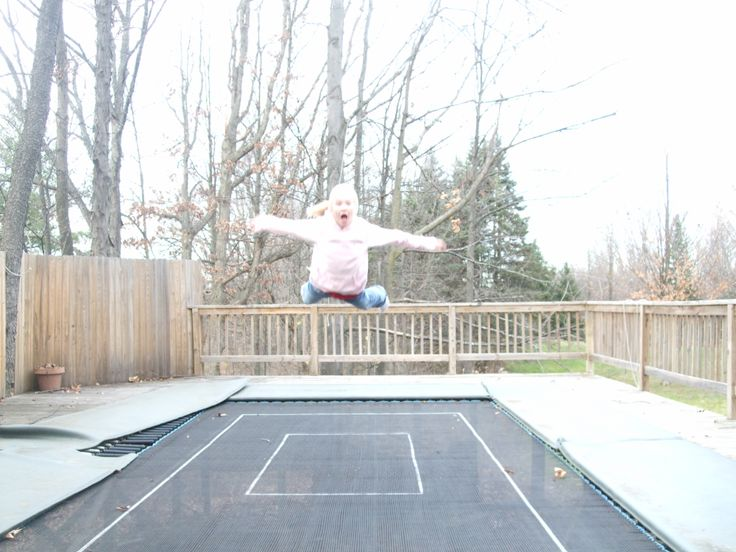 10'x20' super tramp maxairtrampolines.com