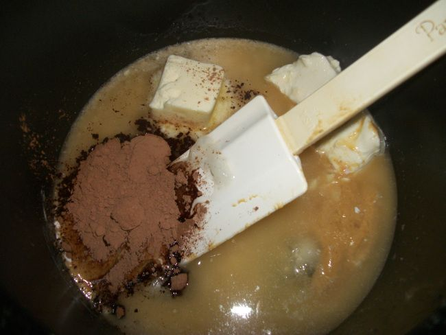 This is the recipe for English Toffee Fat Bombs.  Ingredients: •1 cup coconut oil •2 tbs butter •4 oz cream cheese •3/4 Tbs cocoa powder •1/2 cup of Natural Peanut Butter •3 Tbs Davinci Gourmet Sugar Free English Toffee Syrup