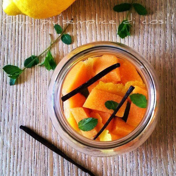 Melone al limone e menta, ricetta semplice. http://blog.giallozafferano.it/oya/melone-al-limone-e-menta-ricetta/