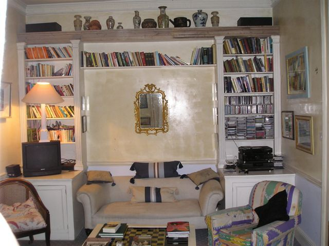 Just imagine the cosy evenings spent with a good book in the library of Loughcrew self-catering house, County Meath, Ireland