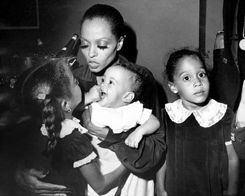 Diana Ross seen backstage with her children at Palace Theater. : @gettyimages #mothersday