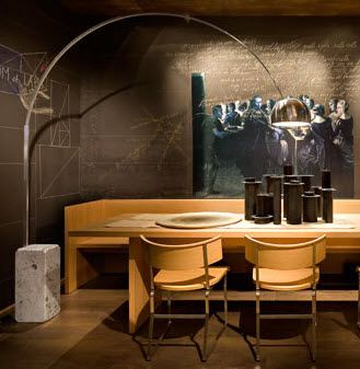 lampada da terra design in acciaio di Achille Castiglioni ARCO FLOS