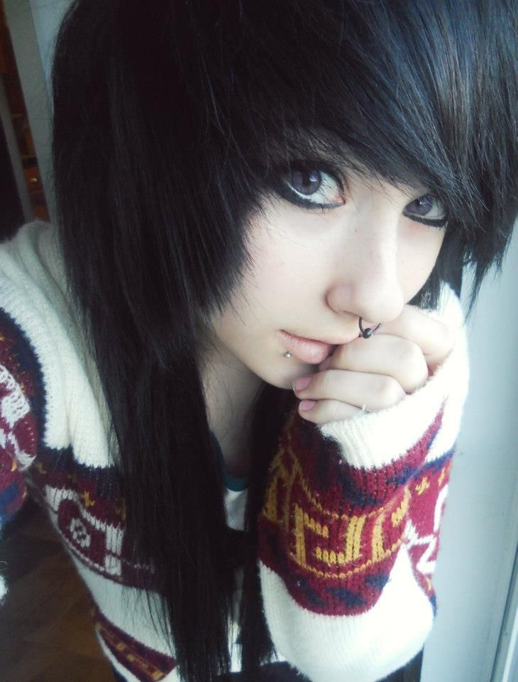 667 Best Emo Images On Pinterest Colourful Hair Hairdos And Emo