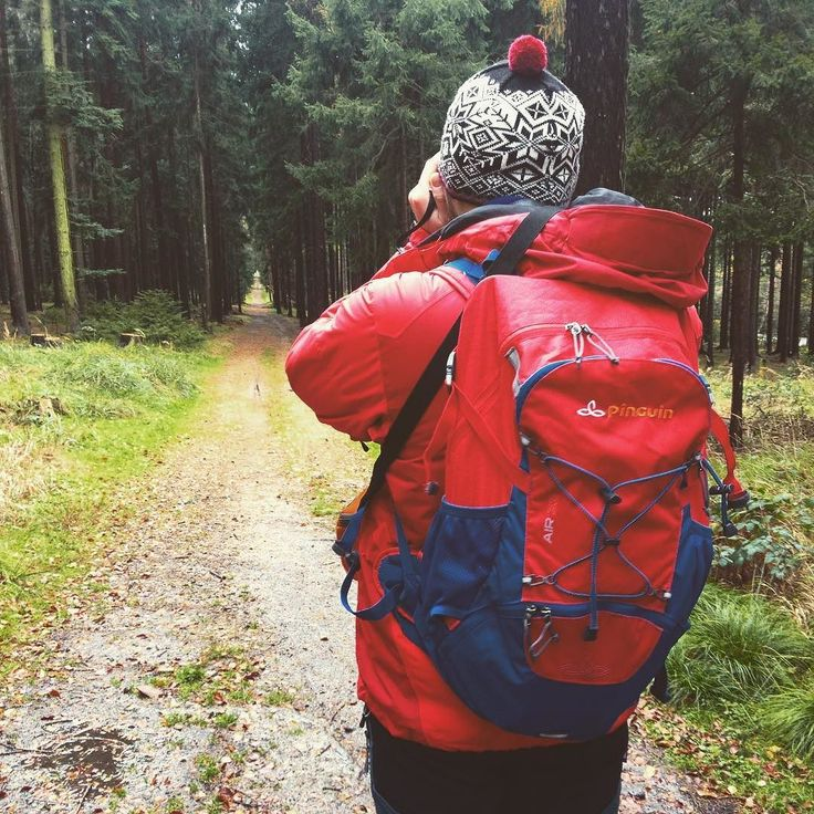 Testujeme batoh Air 33 od značky Pinguin. #test #recenze #batoh #backpack #pinguin #air33 #outdoor #backpacker #travel #cestujeme #dnescestujem #traveling #travelling #sbatuzkem #blogger #travelblogger #equipment #czechrepublic #ceskarepublika #hike #trail #trip #walk #kama
