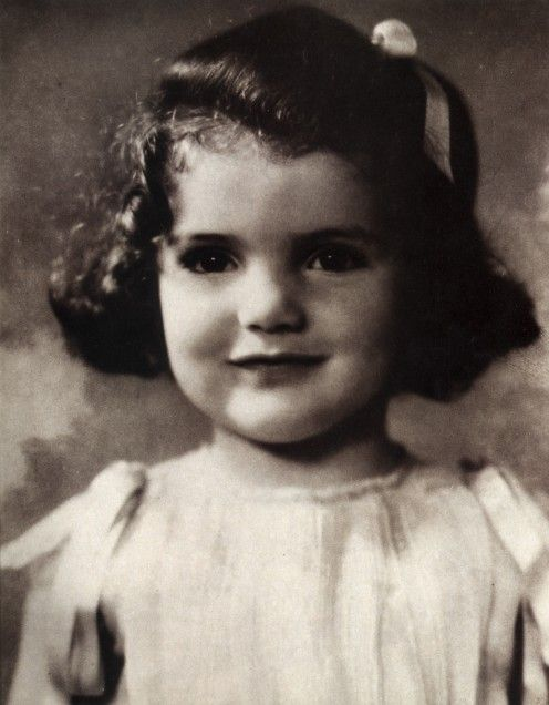 Jacqueline Lee Bouvier ~ Age 3 'She had dark fully hair generous lips, a snub nose and beautiful large eyes.'
