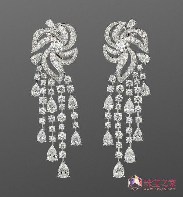 Cartier earrings #jewellery #diamonds #chandelier