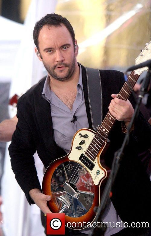 HAWT HAWT HAWT  Dave Matthews Band performing live on the Today Show's Concert Series ...