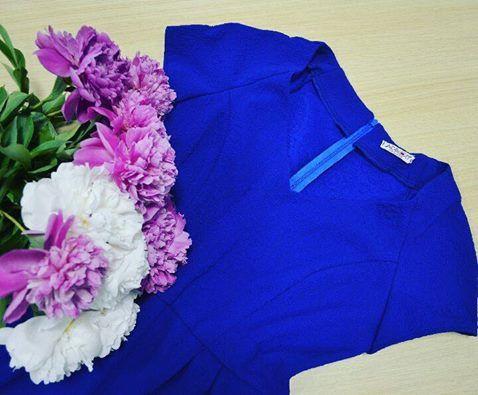 Un produs nou destinat tuturor femeilor a intrat în stocul online Adrom Collection. Acest model a fost creat pentru toate mărimile, de la 36 la 50 <3. Achiziționează și tu acest superb model de rochie și mulțumește-ți toți clienții!  Link produs:  Mărimi mici: http://www.adromcollection.ro/rochii/617-rochie-angro-r634.html Mărimi mari: http://www.adromcollection.ro/rochii/615-rochie-angro-r634-2-marimi-mari.html