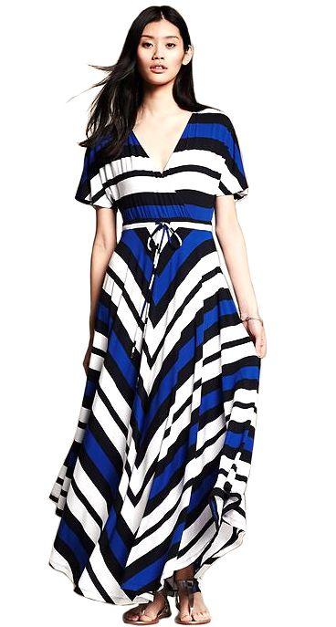 Must-have maxi dresses for petite (read: short) women