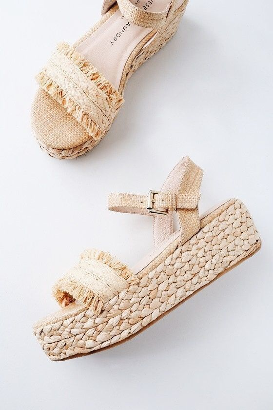 3844e332c2 platform sandal outfits for women. strappy summer sandals. | Take A ...