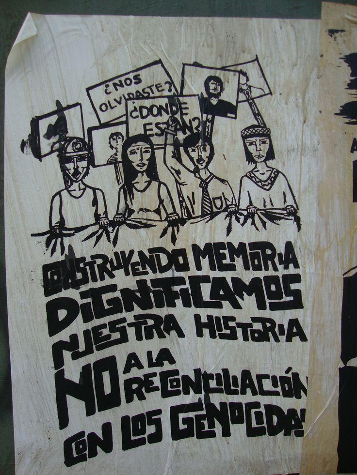 Construyendo memoria dignificamos nuestra historia. Santiago de Chile, Romería al Cementerio General, 8 de sept. de 2013. A 40 años del golpe.