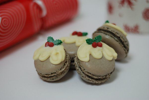 Christmas Pudding Macarons with Italian Meringue Brandy Buttercream