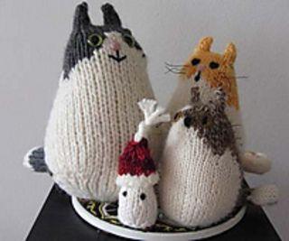 Brownie the Cat free knitting pattern by Barbara Kobayashi