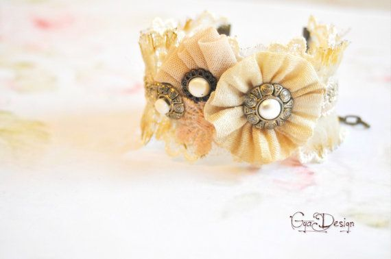 Shabby chic  beige bracelet cream lace cuff beige by GyaDesign