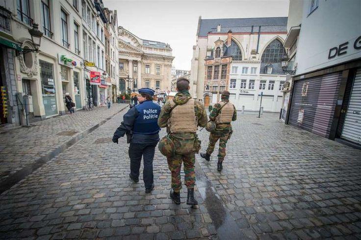 Hoe lukt het de twee meest gezochte terroristen om niet gepakt te worden?
