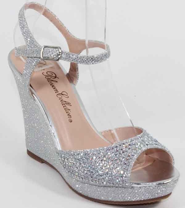 Silver Rhinestone Ankle Strap Wedges Shoes, (http://www.fashionaras.com/de-blossom-alina-3-silver-rhinestone-ankle-strap-wedges-shoes/)