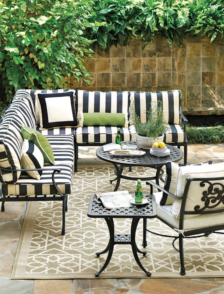 Black-and-white stripes are a fun way to give your patio set a new look.