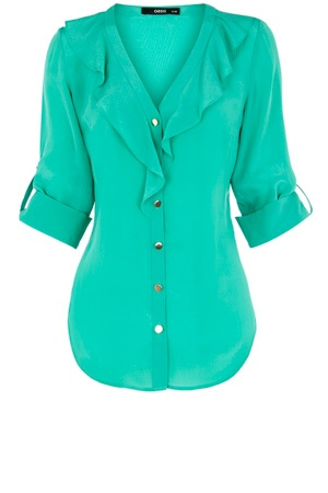 love this color/shirt