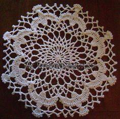 Tecendo Arte: Toalhinha em crochê (pomba do Divino Espírito Santo)