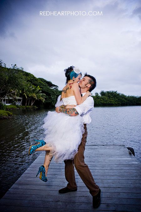 Most adorable and original couple & their wedding matched themselves perfectly, check out the rest of the photos!