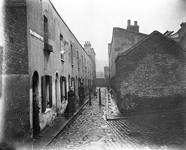 Little Collingwood Street, Bethnal Green, London (1900)