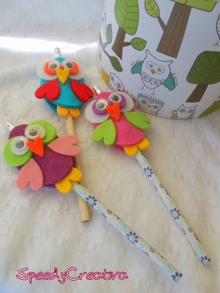 Owl-shaped felt pencil toppers