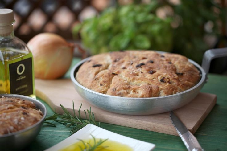 Let the kids feel like real bakers. Enjoy preparing with them our special bread with olive oil #recipe. Have fun!