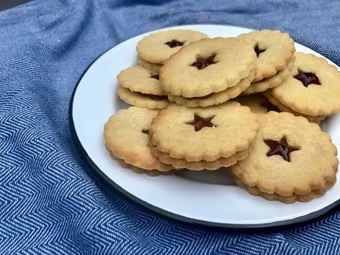 Delicious Jammie dodger recipe. - YouTube