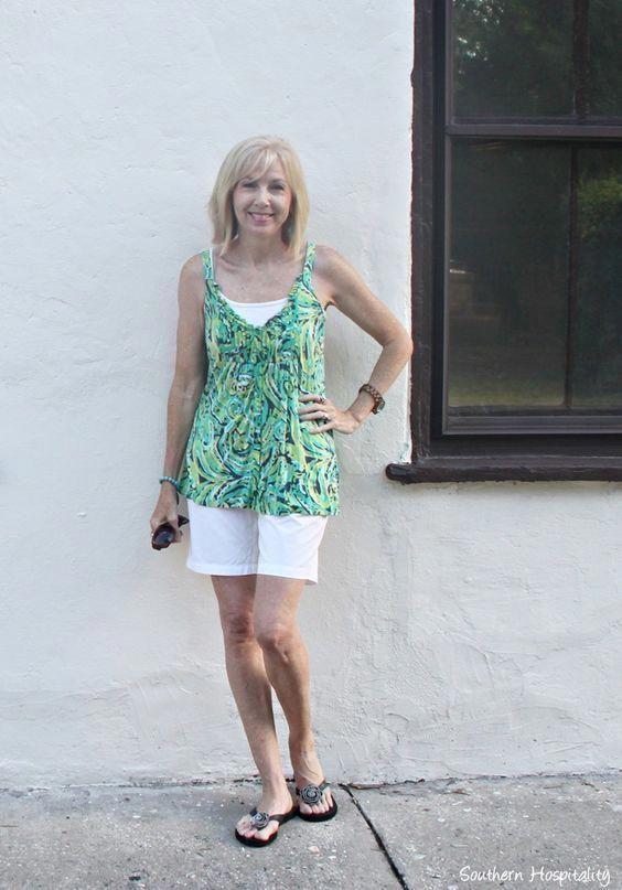 shorts-and-top-for-women-over-50 30 Best Summer Outfits for Women Above 50 - Style Tips #summerfashionforwomenover60bags