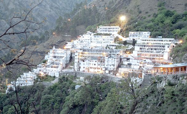 According to the 'Shri Mata Vaishno Devi Shrine Board', the controllong trust of the famous Vaishno Devi shrine in Jammu and Kashmir, more than 77 thousand pilgrims have already visited the holy shrine in the first 3 days of the nine day Navratra Festivals so far.