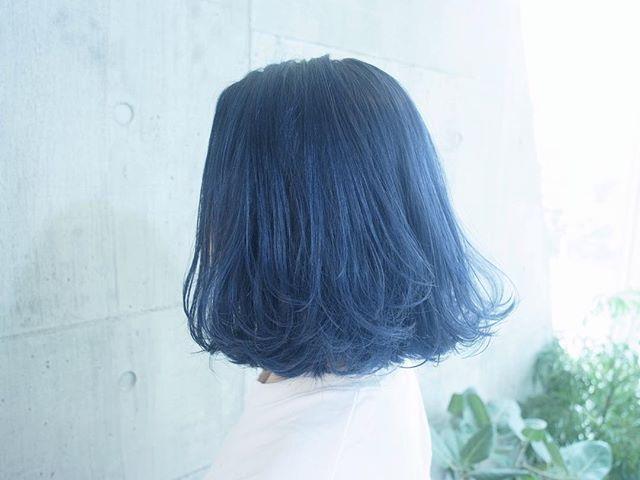 #まなみcolor . グラデーション×ネイビー . 色落ちも綺麗な安定のネイビーカラー . #SHACHU #hair #color #ヘアカラー #bob #グラデーション #ネイビー #ブルー #blue #外国人風