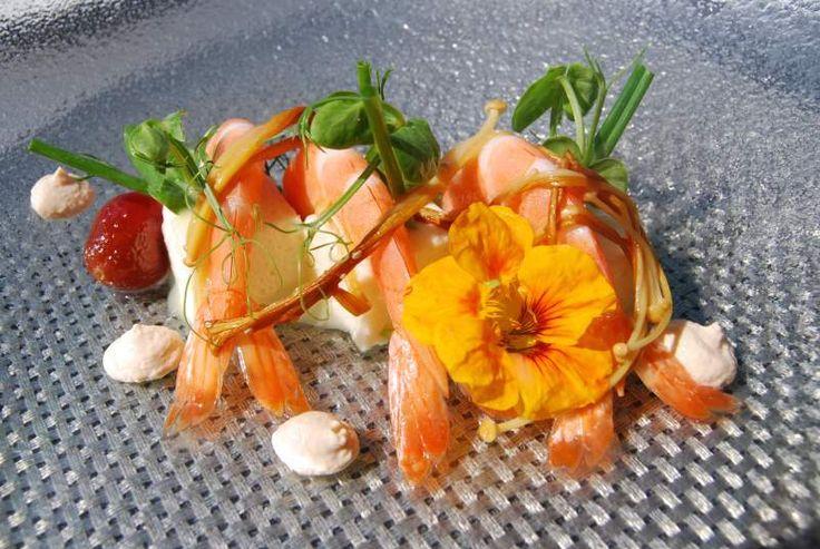 Cauliflower parfait, chilled prawns, pickles, smoked tomato creme, paired with 2013 Elephant Hill Sauvignon Blanc