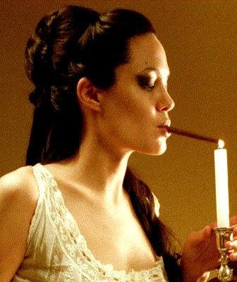 Angelina jolie pipe photos