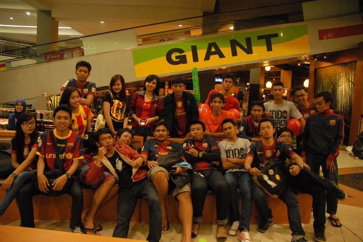 Giant Hyper Mart di Bandung, Jawa Barat