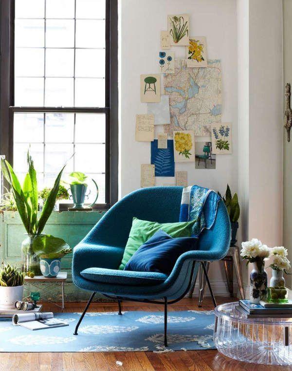 Gemütliche Leseecke Gestalten Blau Polstersessel Beistelltisch Glas