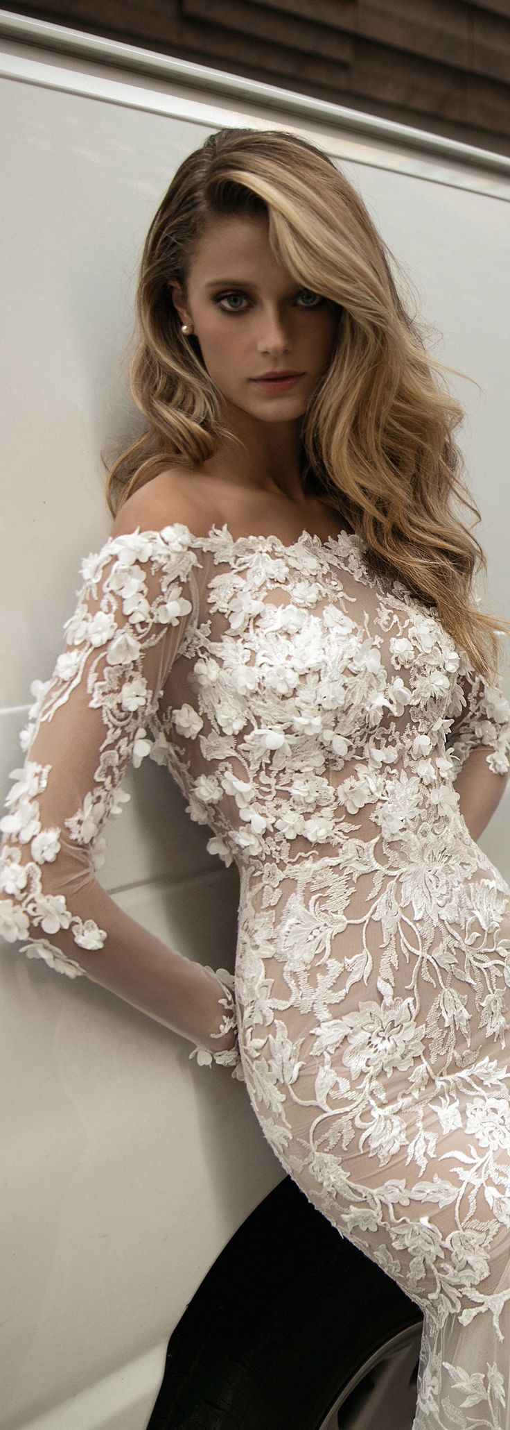 Stunning new #BERTA creation from the FW 2017 bridal colleciotn.