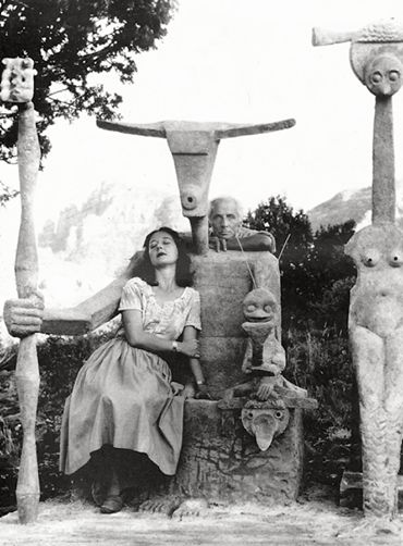 Dorothea Tanning and Max Ernst with the cement sculpture Capricorn (detail), Sedona, Arizona, 1948 Photograph by John Kasnetsis
