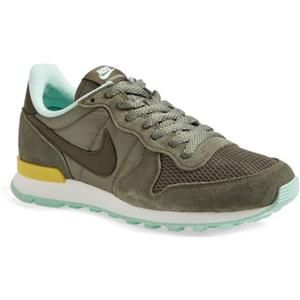 Internationalist Sneaker / Nike