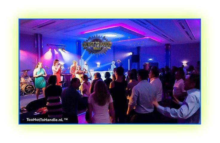 Feestband, Partyband, Danceband voor úw bruiloft   huwelijk, zakelijke bijeenkomst, personeelsfeest of event? TooHottoHandleBand is dé Band én specialist met jarenlange ervaring voor een onvergetelijk feest?   #TooHotToHandleBand #partyband #coverband #feestband #danceband #bruiloftband #bruiloft #huwelijk #trouwen #gala #personeelsfeest #bedrijfsfeest #event #evenement #businessevent #congres #Kick-off #locaties #events #vrijgezellenfeest #aanzoek #TooHotToHandleBand #OkuraHotelAmsterdam
