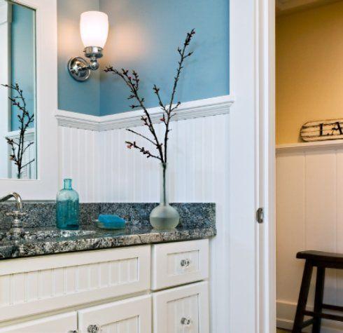 beadboard and blue walls: Wall Colors, Bathroom Design, Beads Boards, Blue Wall, Paintings Colors, Beadboard, Master Bath, Bathroom Ideas, Blue Bathroom