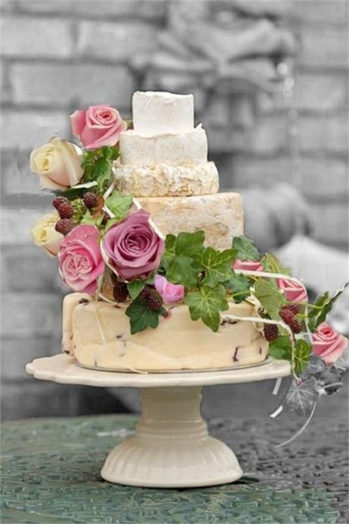 27 Non-Traditional Cheese Wheel Wedding Cakes - Weddingomania