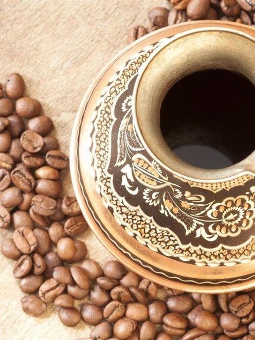 readbetweenthegrinds:    Black Coffee  Hearted from: http://pinterest.com/pin/81698180713068925/