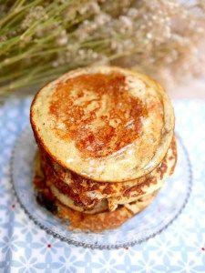 Irrésistibles pancakes à la farine de noix de coco pour un petit déjeuner…