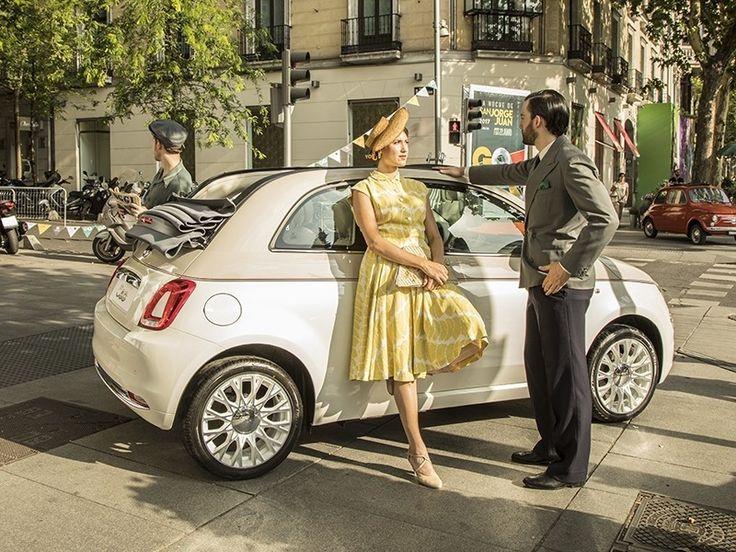 Fiat 500 Sessantesimo: 60 anos do simpático carro italiano Marca italiana celebra em 2017 o aniversário do 500. Entre as comemorações essa edição especial que tem a pintura de três tons (tricolore): bege pastel e branco. As rodas são de aro 16 com logo exclusivo que remete ao número 560. A Fiat vai oferecer três opções de motor. Começa com o 1.2 de 69 cv seguido pelo 09 TwinAir de 85 cv a gasolina além do 1.3 MultiJet de 95cv a diesel. Transmissão manual ou câmbio automatizado Dualogic. São…