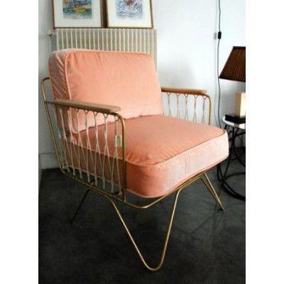 Chez bensimon autour du monde fauteuil honor croisette velours rose poudr - Fauteuil rose poudre ...