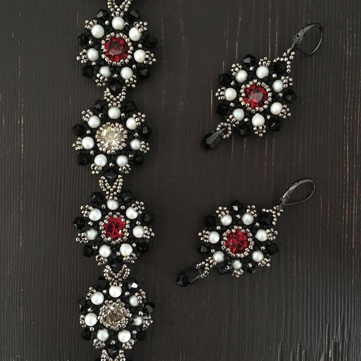 jewelry set,  beaded bracelet, beaded earrings, beaded jewelry set, black beaded bracelet, black earrings, black bracelet, red bracelet by Sjamgal on Etsy https://www.etsy.com/listing/545467310/jewelry-set-beaded-bracelet-beaded