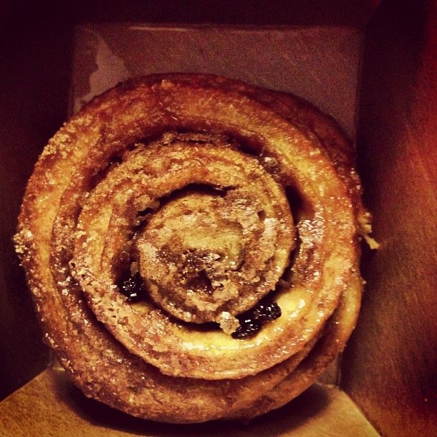 Warm fresh cinnamon roll. Thanks for the tip. #grandcentralbakery